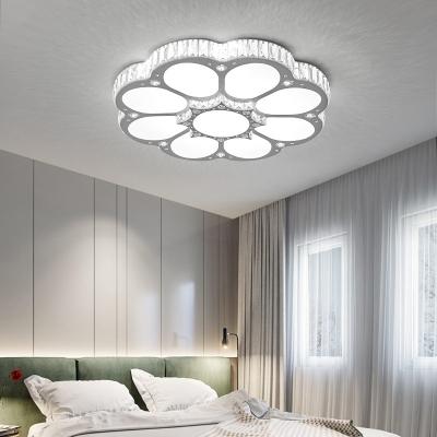 White Lighting Flower Ceiling Light Creative Acrylic LED Flush Mount Light with Crystal for Living Room