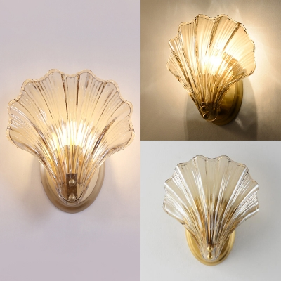 Clear Shell Shape Sconce Light 1 Light Creative Fluted Glass Metal Wall Lamp for Restaurant