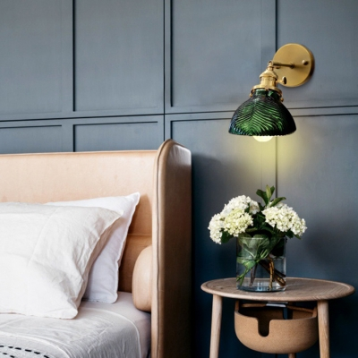 Metal Swirl Shade Wall Light Living Room Rotatable 1 Light Modern Stylish Wall Lamp in Green