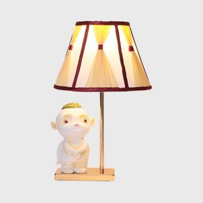 Resin Girl/Movie Character Desk Light 1 Light Creative Reading Light in White for Bedside Table