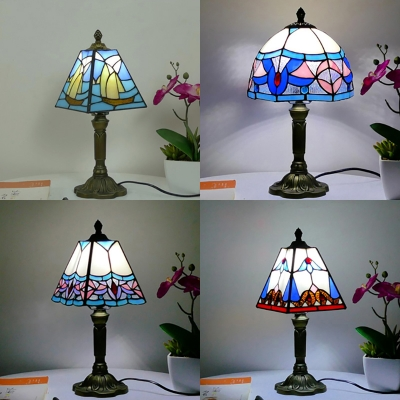 Tiffany Antique Craftsman/Dome Table Light Stained Glass 1 Light Brass Body Desk Light for Adult Bedroom