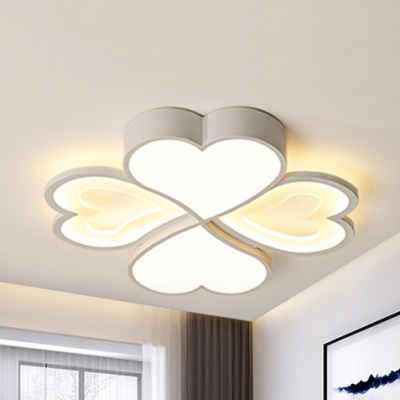Metal Heart LED Ceiling Mount Light 4 Heads Romantic Third Gear/Warm/White Ceiling Lamp for Study Room