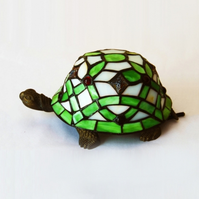 Stained Glass Tortoise Table Light 1 Light Tiffany Vivid Night Light in Green for Boys Bedroom