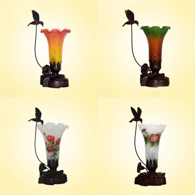 Art Glass Floral Table Light One Bulb Rustic Tiffany Night Light with Bird Decoration for Kid Bedroom