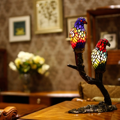 Lovely Tiffany Parrot Desk Light Stained Glass 1 Light Red/Yellow Night Light for Hotel