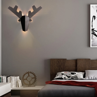 Metal Antler Shaped Wall Light with Ambient Lighting Nordic 1-Light Wall Lamp in Black/Gold/White