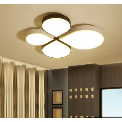 Nordic Clover Flush Mount Lighting with Frosted Diffuser Metal Led Ceiling Flush Light