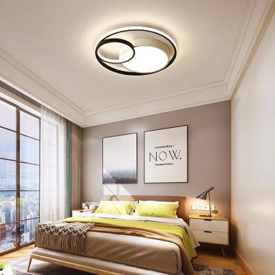 3-Light Circular Flush Lighting Contemporary Acrylic Shade Flush Mount Ceiling Lamp in Black/White