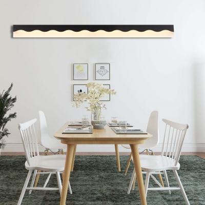 Black/White Wave LED Sconce Light Modern Metal Acrylic Sconce Wall Lamps in White/Warm for Vanity