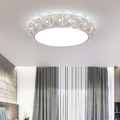 Matte White Donut Ceiling Mounted Light with Faceted Design Modernism Led Flush Mount
