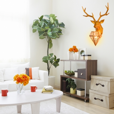 Diamond Shade Single Wall Mount Light with Deer Modernism Art Deco Resin Sconce Lamp