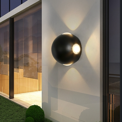 Circular Black Wall Mounted Lighting Modern Metal 4-LED Wall Light Fixture in Warm/White for Outdoor