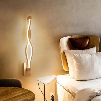 Minimalist Waving Wall Light 2 Lights Metal Integrated Led Vertical Wall Mount Light