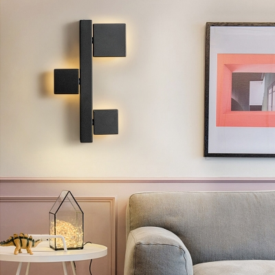 LED Circle/Square Wall Mount Light Modern Metal Wall Lighting in Warm with Black/White Shade