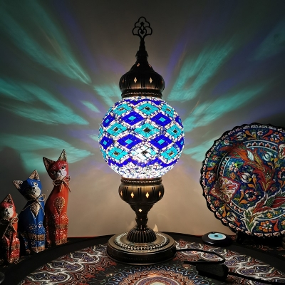 1 Head Stained Glass Night Lamp Art Deco White/Beige/Yellow Global Shade Restaurant Table Light