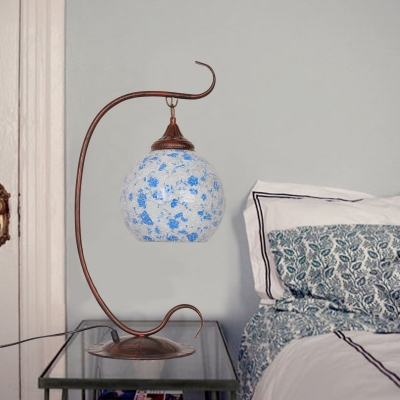 Blue Global Table Light Traditional Stained Glass 1 Head Bedroom Night Table Lamp with Curved Arm