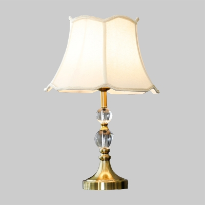 Modernist Flare Desk Light Fabric 1 Head Night Table Lamp in White for Bedroom