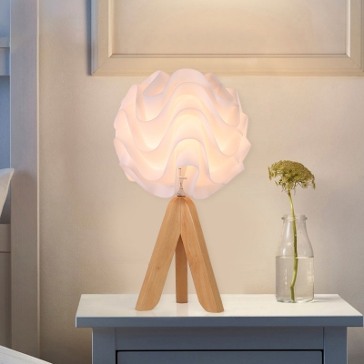 Waved Acrylic Table Lighting Modernist LED White Desk Lamp with Wooden Tripod