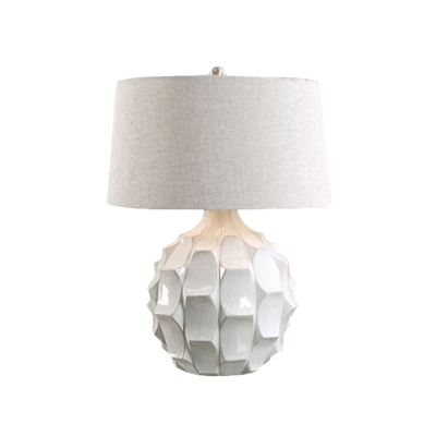 1 Head Living Room Table Light Modernist White Small Desk Lamp with Drum Fabric Shade