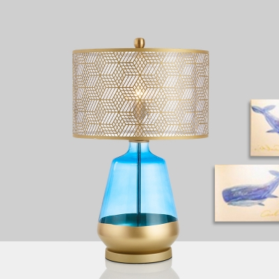 1 Head Study Table Light Modern Gold Small Desk Lamp with Cylindrical Metal Shade