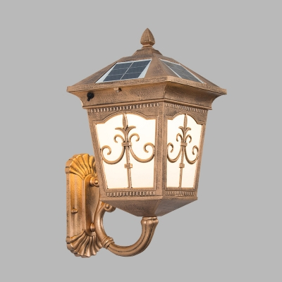 1-Bulb Weatherproof Wall Mount Lodges Brass Finish Metal Sconce Lighting with Solar Energy Panel