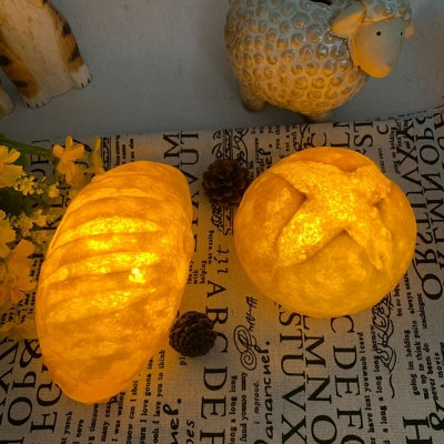 Yellow Bread Shaped Nightstand Light Creative LED Plastic Night Table Lamp with Battery Design