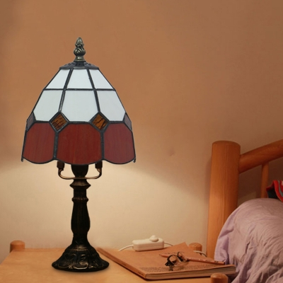 Red/Pink 1-Head Nightstand Lamp Tiffany Stained Glass Dome Table Light with Grid Pattern for Bedside