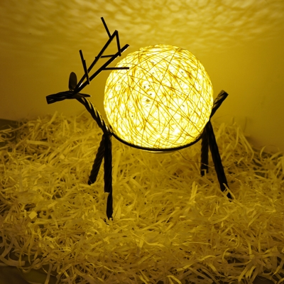 Nordic Elk Metal Nightstand Light USB LED Table Lighting with Rattan Ball Shade in Pink/Blue/Beige
