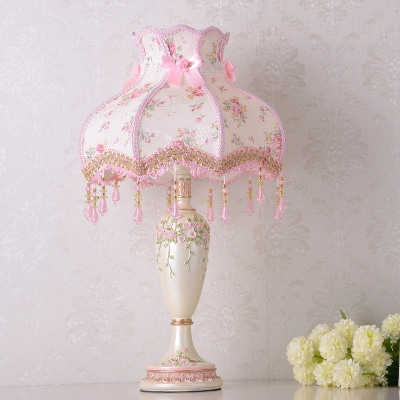 Single Bulb Night Stand Lamp Romantic Pastoral Scalloped Dress Fabric Table Light with Braided Trim
