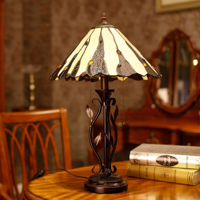 Cut Glass Coffee Table Lighting Conical 1 Light Tiffany Style Nightstand Lamp with Pull Chain