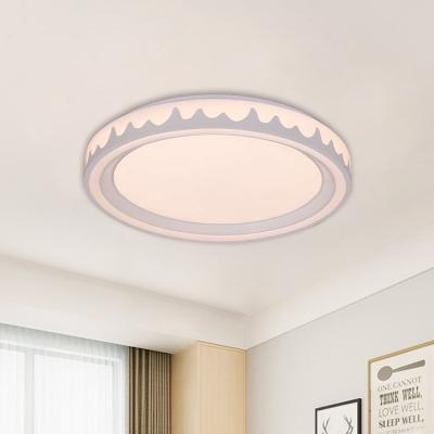 Acrylic Circle Flush Mount Fixture Modernist White/Gold/Coffee LED Flushmount Light for Bedroom