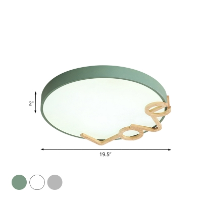 Round Bedroom Flushmount Lighting Metal LED Macaron Flush Lamp Fixture in White/Grey/Green with Love-Shape Wood Decor