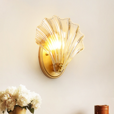 Shell Shape Clear Glass Wall Sconce Light Tradition 1 Light Bedroom Wall Lamp Fixture in Gold/Black