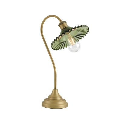 Scalloped Green Glass Table Light Industrial 1 Head Parlour Desk Lamp with Arced Arm in Bronze