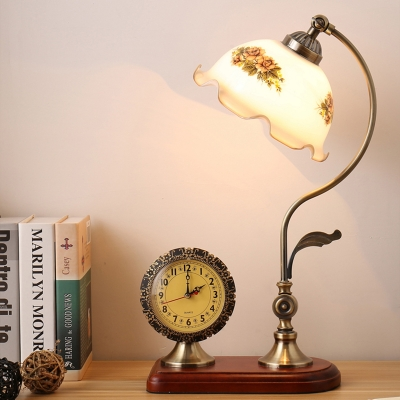 Countryside Scalloped Desk Light Single Beige Printed Glass Reading Lamp with Clock Deco in Red Brown