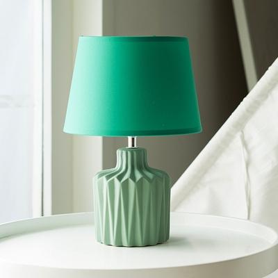 Fabric Barrel Shade Desk Light Traditional Single Light Study Room Ceramics Night Table Lamp in Green