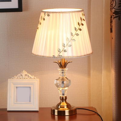 Gold Finish 1 Head Table Light Rural Fabric Pleated Lampshade Night Lighting with Leaf Pattern