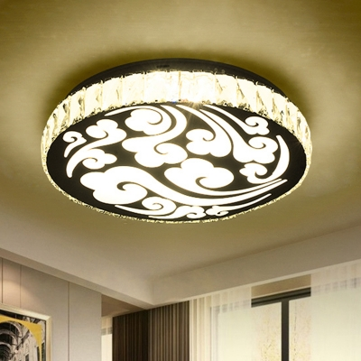 Beveled Crystal Circular Flush Light Contemporary LED Ceiling Lighting in Gold with Cloud Pattern