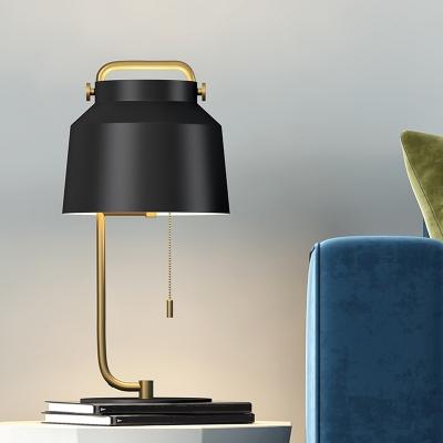 Metallic Drum Nightstand Light Minimalism 1-Head Black Finish Desk Lamp with Pull Chain