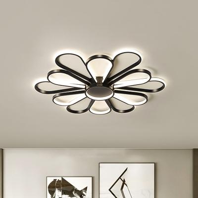 LED Living Room Ceiling Flush Nordic Style Black/Gold Flush Mount with Blossom Metallic Shade