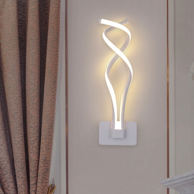 Wavy/Curved/Musical Note Wall Lamp Minimalist Aluminum Living Room LED Wall Mounted Light in Black/White