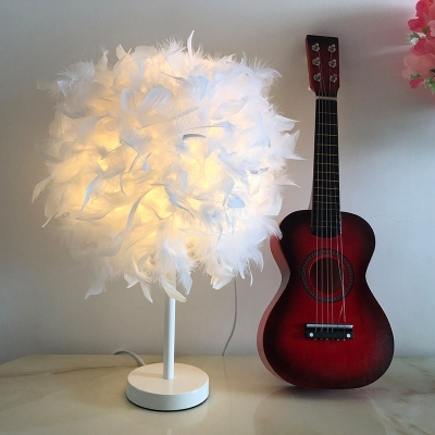 White Globe Table Stand Light Simplicity 1 Head Feather Night Lighting for Girls Room