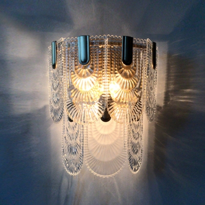 Postmodern 3-Light Wall Sconce Brass Scalloped Wall Light Kit with Carved Crystal Shade