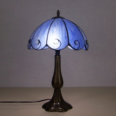 White/Blue/Beige 2-Head Night Lamp Tiffany Handcrafted Glass Ribbon/Rose Patterned/Scalloped Table Light for Dining Room