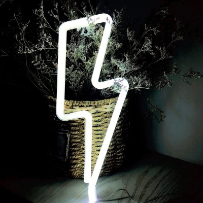 Thunderbolts Shaped Battery Night Light Kids Style Rubber White LED Standing Table Lamp with Wall Hook