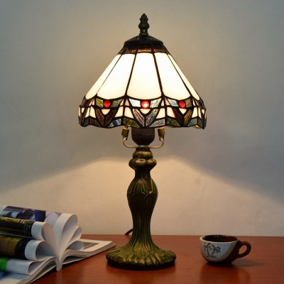 Single-Bulb Conical Table Lamp Craftsman White Handcrafted Stained Glass Night Light