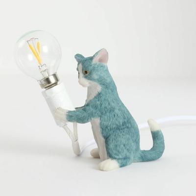 Resin Cat Statuette Table Lighting Cartoon Single-Bulb Nightstand Light for Bedroom