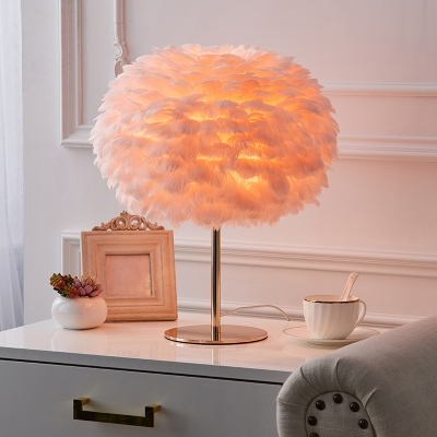 Spherical Feather Table Lamp Novelty Nordic Style 1 Head Nightstand Lamp for Bedroom