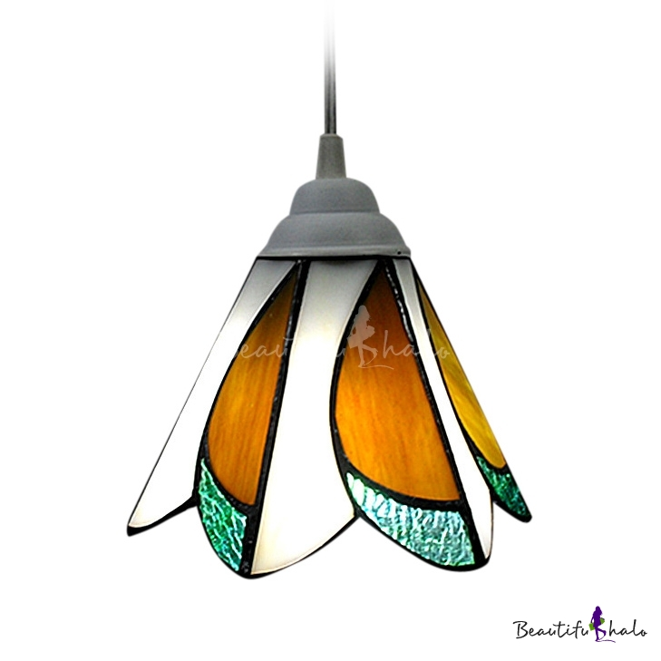 Stained Glass Tiffany Style Mini Pendant Light With 7 Inch Width Shade Beau