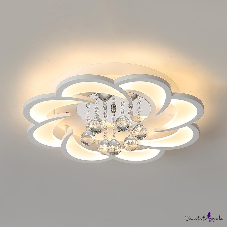 White Flower Flush Ceiling Light With